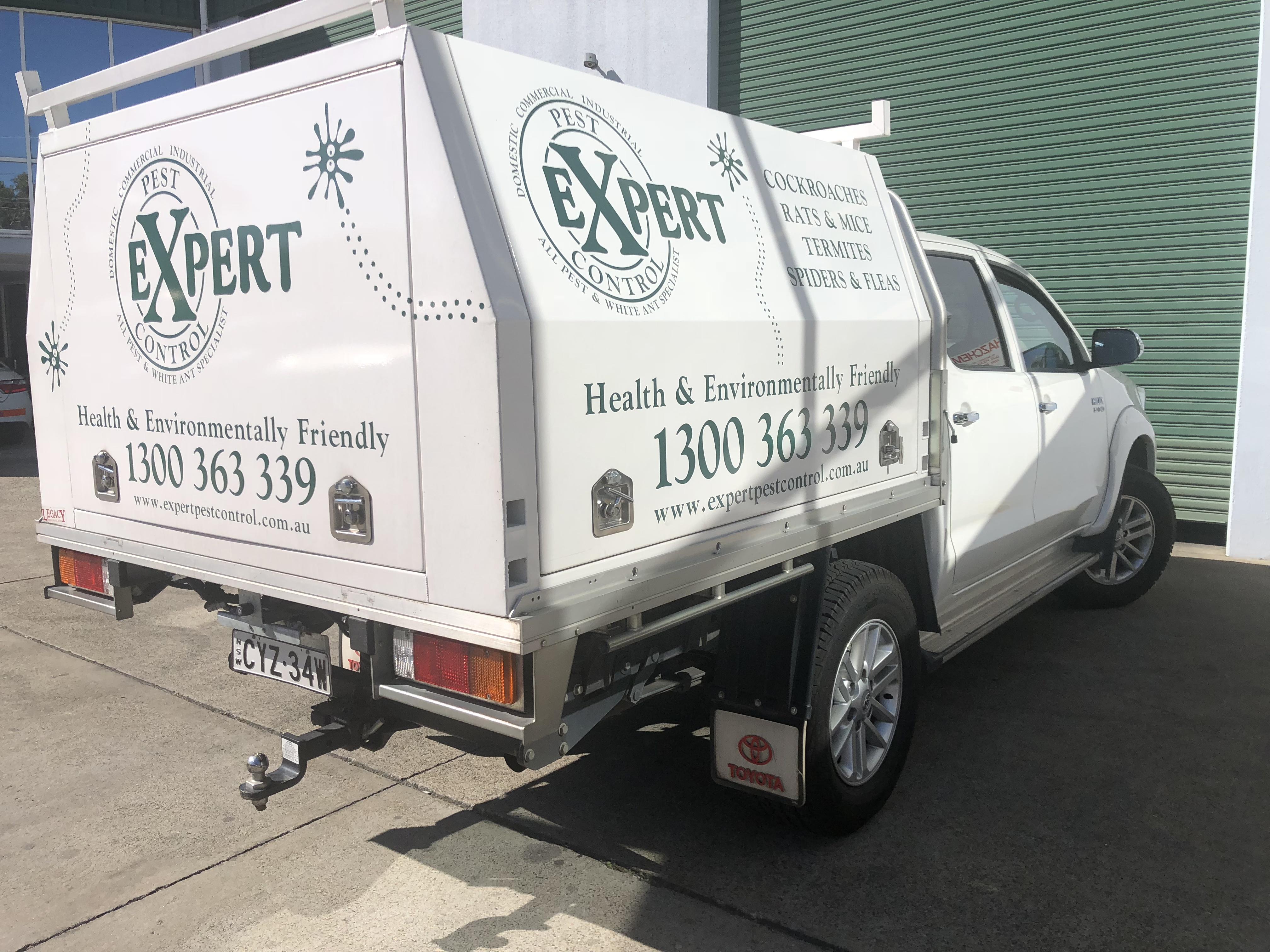 Expert Pest Control Truck